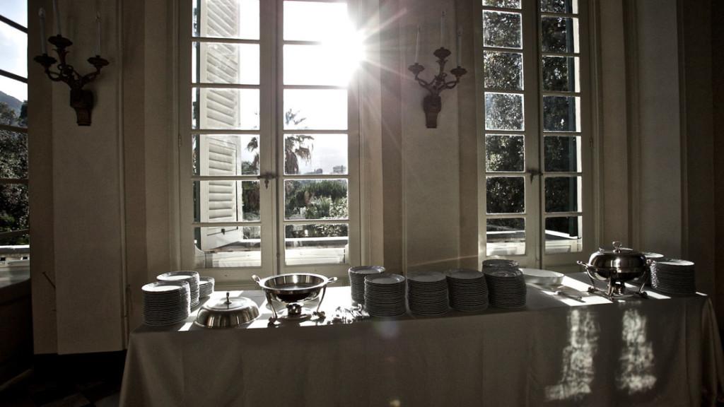 Villa Durazzo matrimonio tavolo allestito per il buffet per l'aperitivo