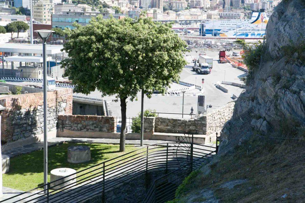 Lanterna di Genova vista panoramica dell'area intorno alla lanterna